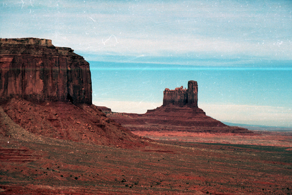 Monument-to-Powell-1989-007