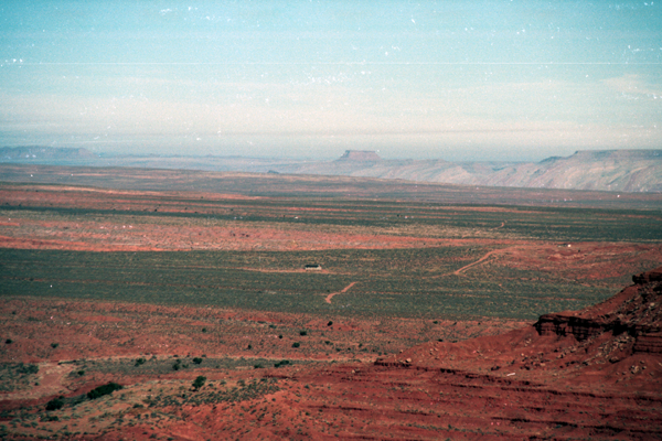 Monument-to-Powell-1989-009