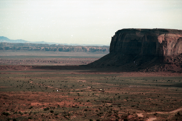 Monument-to-Powell-1989-011