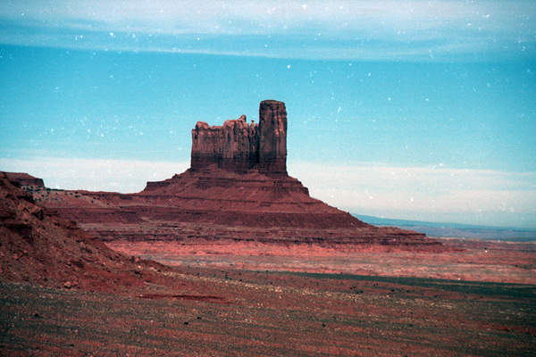 Monument-to-Powell-1989-013