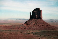 Monument-to-Powell-1989-012